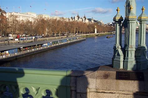 file westminster bridge river thames london england jpg panoramio photo of london england river thames