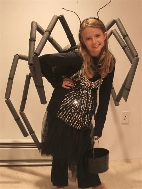 comfortable halloween costumes diy easy spider halloween costume how tos diy