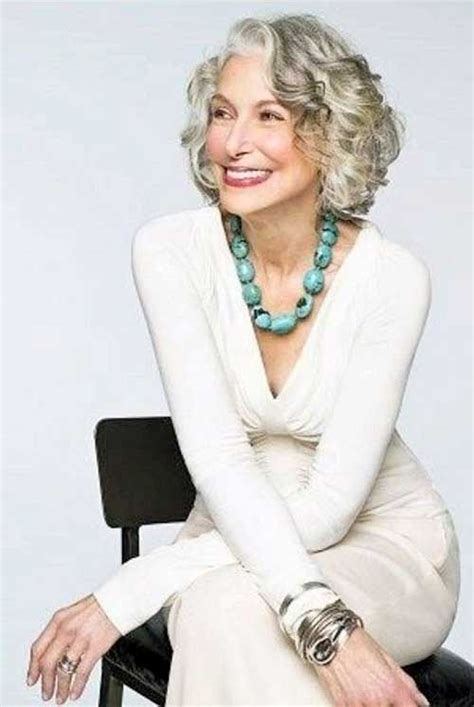 slightly wavy hairstyles for over 60 20 short haircuts for over 60 short wavy haircuts wavy