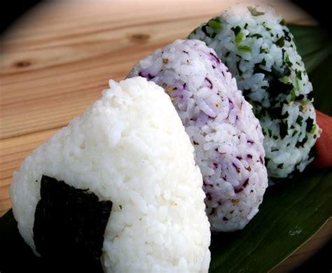 japanese ricer japanese onigiri をすべての辞書で探す rice ball recipe for