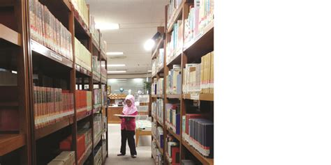 Rak Buku Perpus perpustakaan the japan foundation