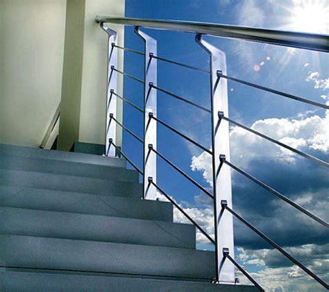 Excelente Imagenes De Pasamanos En Acero Inoxidable #4: A-contemporary-metal-handrail.jpg