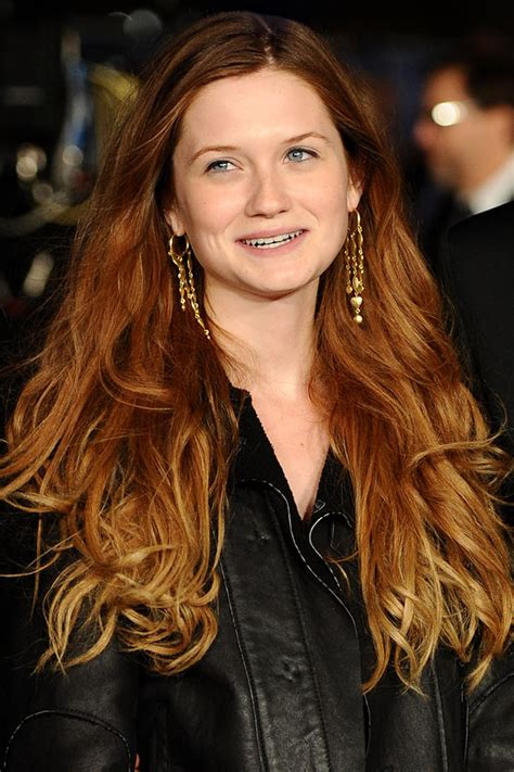 bonny weavon hairstyle bonnie wright s graduated hair colour celebrity hair and