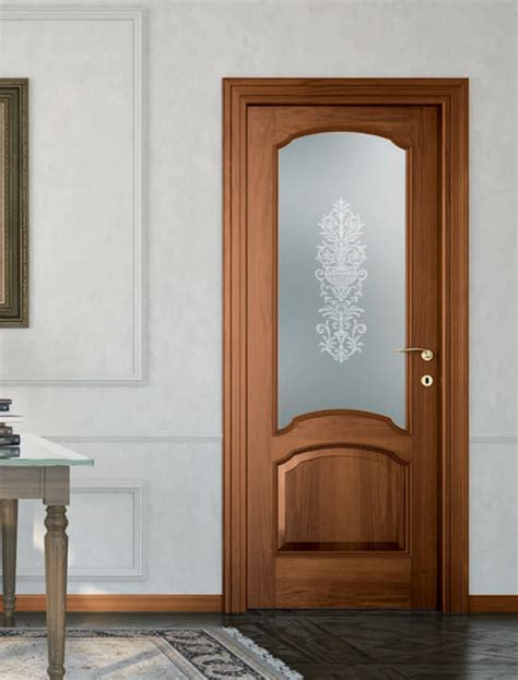 porte da interno offerte porta da interno in noce nazionale classica mod st 613v