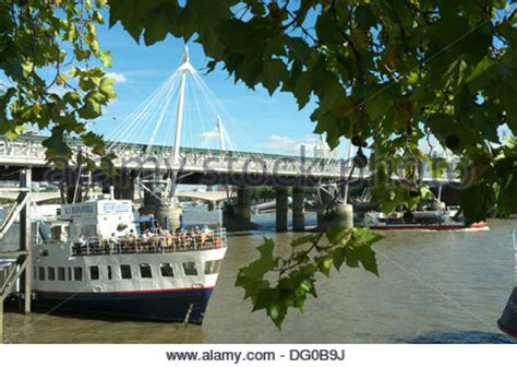 thames river boats restaurants bar on a boat by victoria embankment thames river london