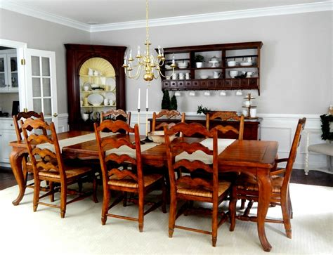 Beige Dining Room Finishing Touches On A Neutral Dining Room Stylish Rev