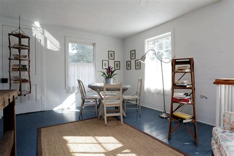 Painted Hardwood Floors for More Interesting Interiors