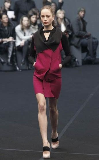 Roland Mourets Catwalk Comeback With Rm by Fashion Week Rm By The Designer Roland Mouret