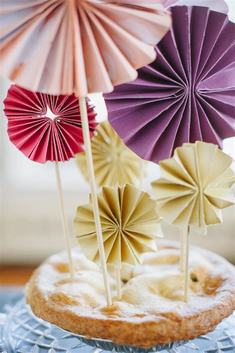 How To Make Pinwheel Flowers From Paper - paper pinwheels a subtle revelry
