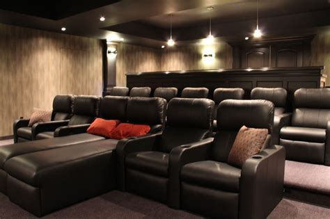 Design Your Own Home Theater Room 1000 Ideas About Home Theatre On Pinterest Home