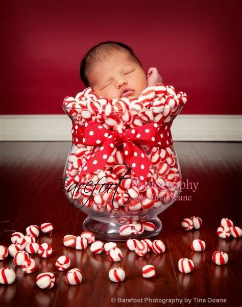 how to take baby frist christmas pictures 14 babies nailing their photos smooth