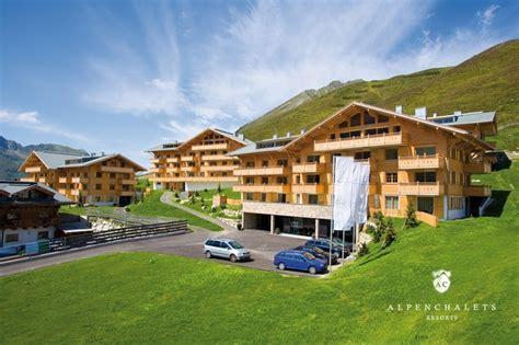 hütte in den alpen mieten chalet lodges k 252 htai h 252 ttenurlaub in k 252 htai mieten