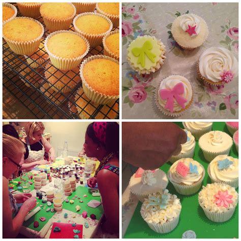 cupcake decorating class cupcake decorating classes rock bakehouse