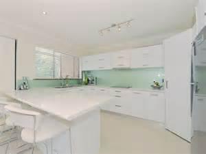 glass splashbacks colour trends australia glass brisbane pty ltd glass and