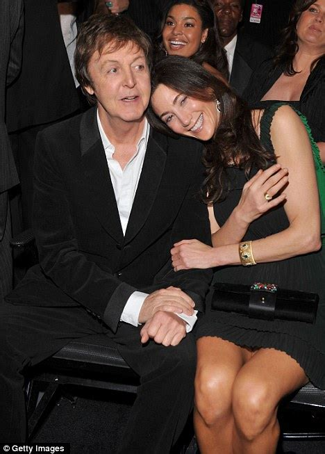 Married American Nancy Shevell Dating Mccartney Does Not Wear A Ring And Is Legally Separated From Husband by Paul Mccartney And Nancy Shevell Wedding Registrar Says