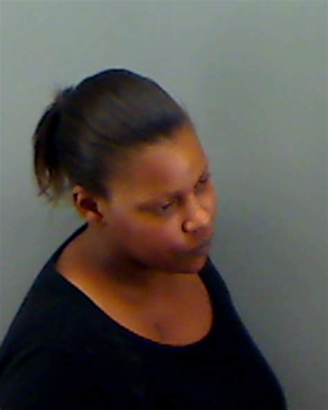 Longview Arrest Records Shavoshia Chaseberry Inmate 14 00066132 Gregg County Near Longview Tx