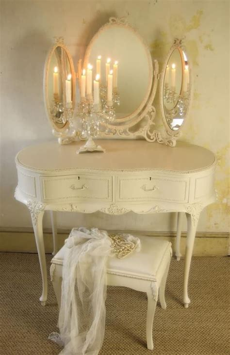 Shabby Chic Vanity Table 42 Best Decorating Ideas Bedrooms Images On Bedroom Bedroom Decorating