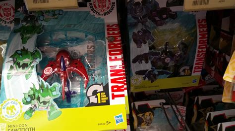 Minicon Retail robots in disguise mini con weaponizers wave 2 found in the uk tfw2005 the 2005 boards