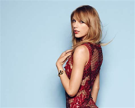 taylor swift extra uk dates taylor swift stays true to her no dating policy