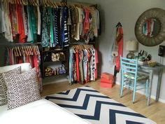Bedroom Into Walk In Closet by 1000 Images About Bedroom To Closet On Closet