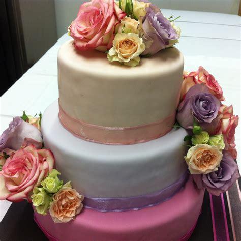 Hochzeitstorte Vintage by Hochzeitstorte Vintage In Rosa Violett Mit Echten