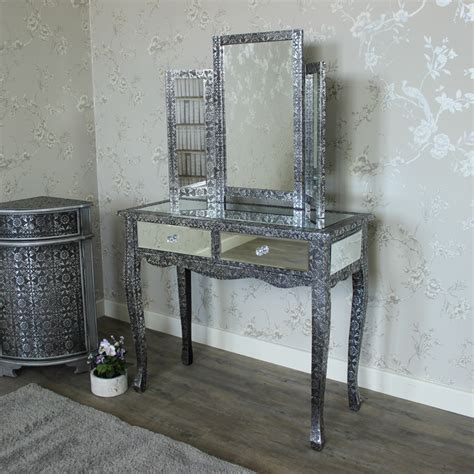 Silver Vanity Table With Mirror And Bench Range Silver Mirrored Dressing Table And Mirror Melody Maison 174