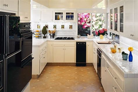 Kitchen Decorating Ideas On A Budget Kitchen Decor Kitchen Remodel On A Budget