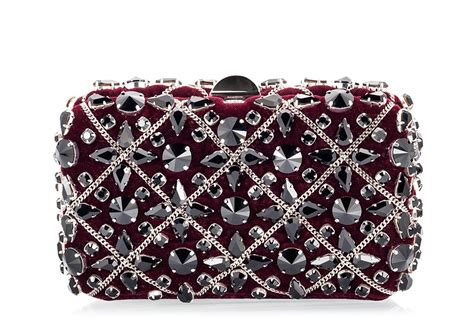 Clutch Swarovski Code 3503 rodo burgundy velvet swarovski chain embellished clutch bag fratelli karida shoes