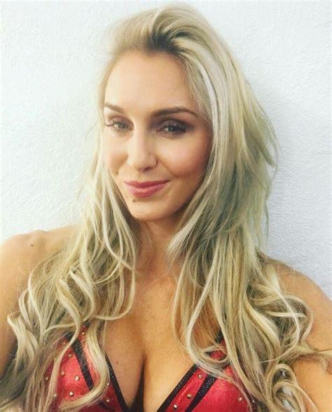 charlotte flair 1000 images about wwe charlotte on pinterest sasha bank