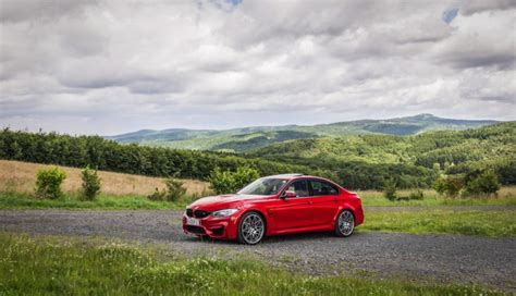 video carwow tests bmw m3 competition pack vs alfa romeo