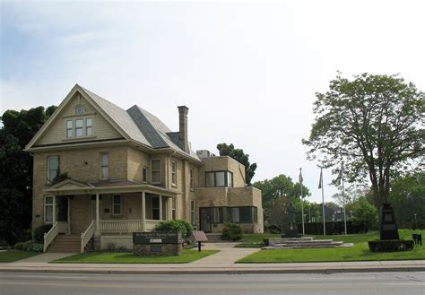 buy a house in london ontario file banting house london ontario 2008 jpg wikimedia commons