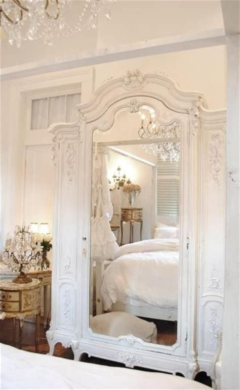 Armoir Bébé by 30 Best Images About Wall Decor For Bedroom On