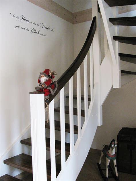 geländer für treppenaufgang treppe design lackieren