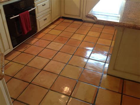 Quality Saltillo Tile Cleaning   Refinishing
