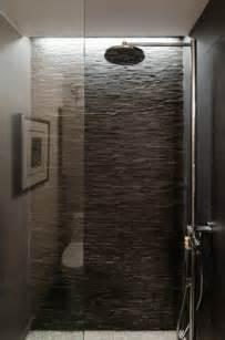 wand dusche fliesen aus naturstein f 252 r ihr badezimmer
