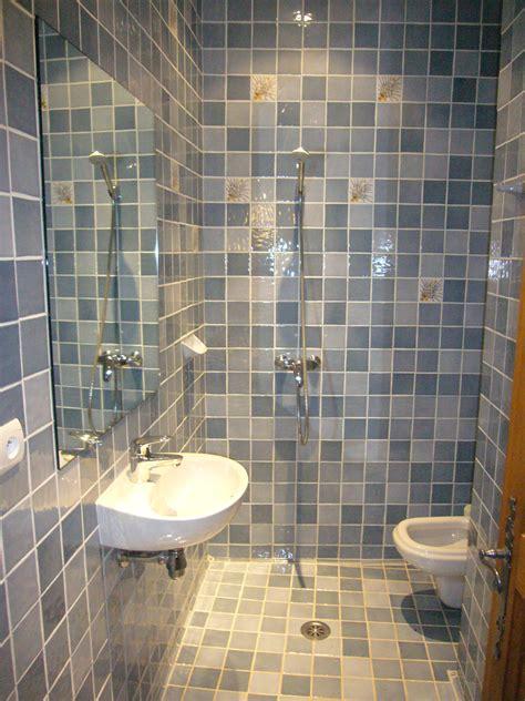 bathroom floor wet around toilet villa callian