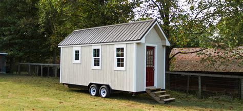 mini house simple living tiny home builders