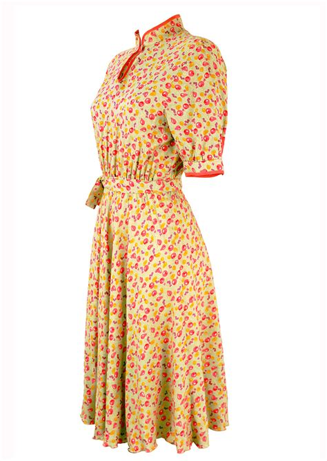 pattern for vintage tea dress 1940 s style tea dress with pink purple yellow fruit