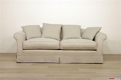 divani stile classico divano in tessuto sfoderabile in stile classico ville