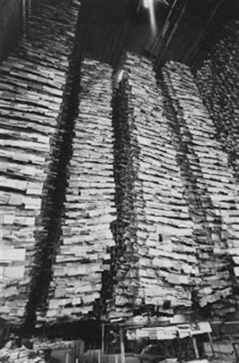 "Alberti's Window: ""Dark Water"": Florence Flood of 1966"