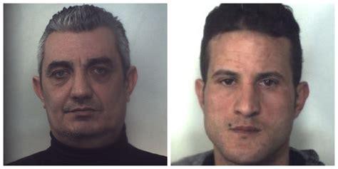 arresti melito di porto salvo sequestrarono un commerciante per rapinarlo a melito due
