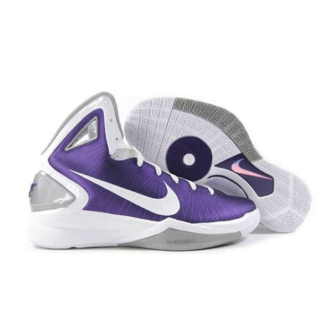 purple and white basketball shoes nike hyperdunk 2010 white purple basketball shoes nkie