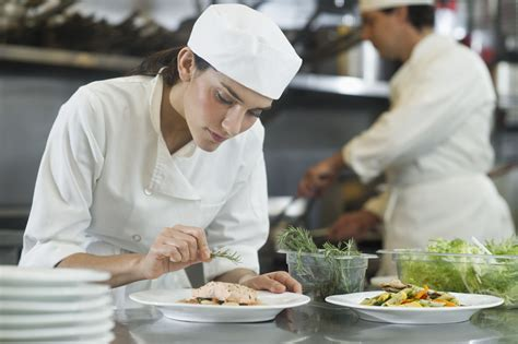 what does a chef de cuisine do chef or culinary career overview and salary