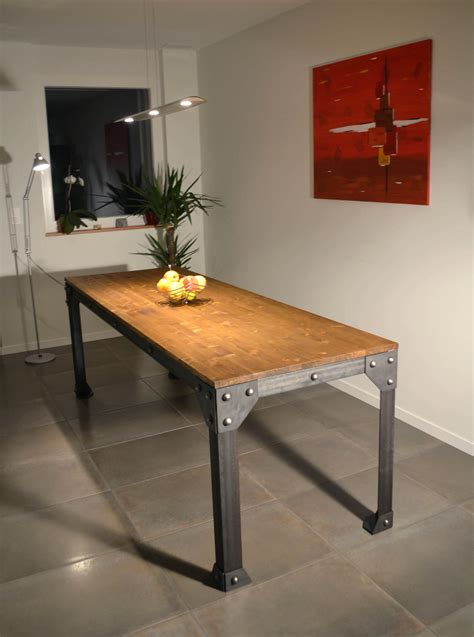 table cuisine industrielle table cuisine style industriel collection avec decoration