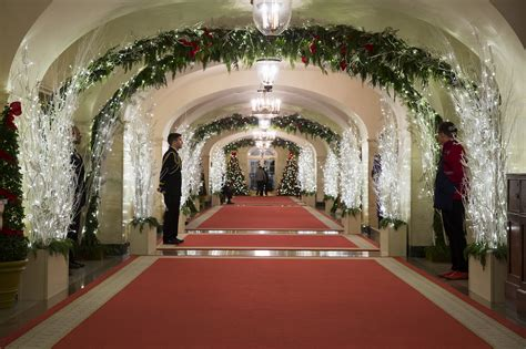 christmas goes digital at white house the columbian