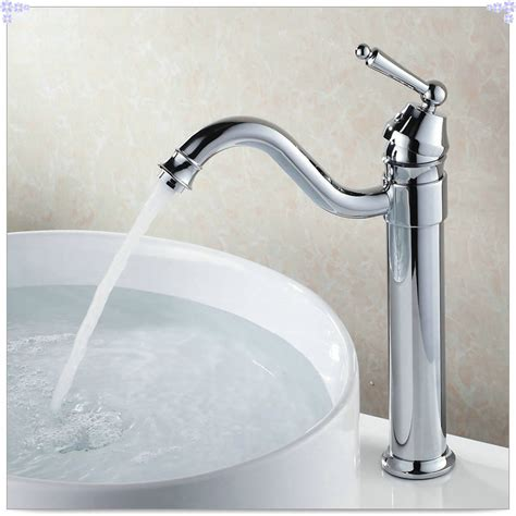 Kitchen Sink Faucet Aerators Bathroom Sink Basin Mixer Tap Chrome Polished Spray