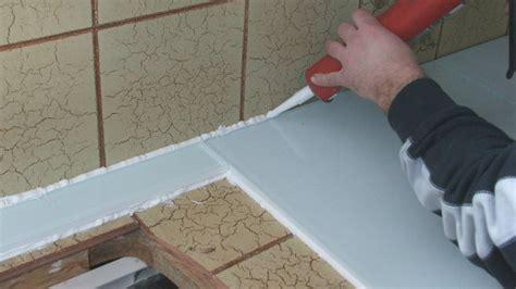 revetement cuisine plan de travail rhabiller sa cuisine en plaques de verre