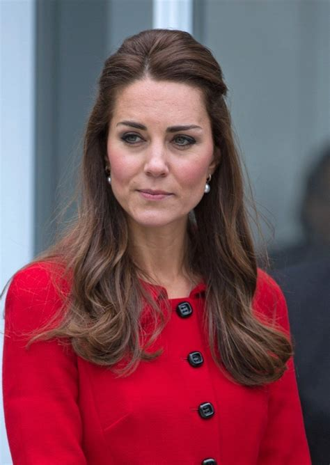 half up half down hairstyles kate middleton kate middleton half up half down kate middleton half up