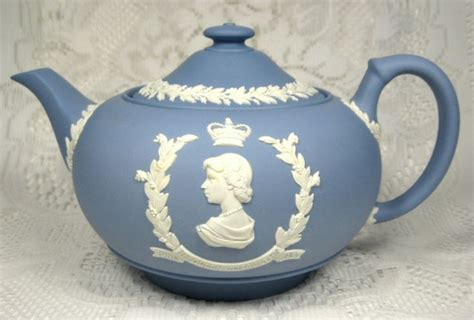 17 best images about color wedgewood blue on cameo necklace wedding cakes and blue
