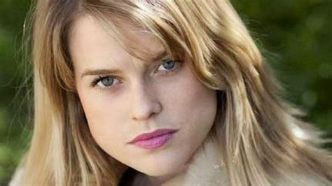 alice eve hd wallpapers alice eve wallpapers celebritywallpapershq